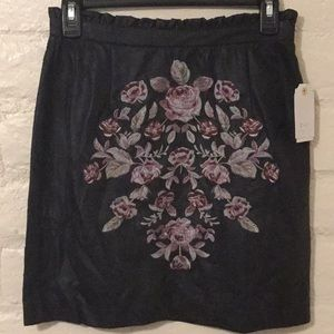 C + j Collection NWT